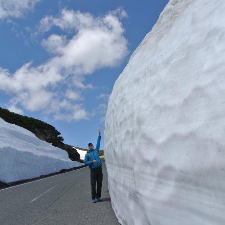 The Snow Walls of Mt Norikura