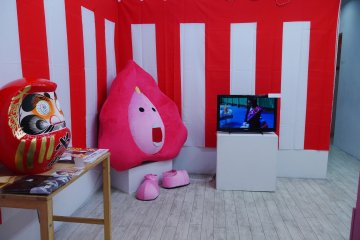 Many of the exhibitions at Shinjuku Ophthalmology Gallery are a blend of visual, audio, and interactive pieces
