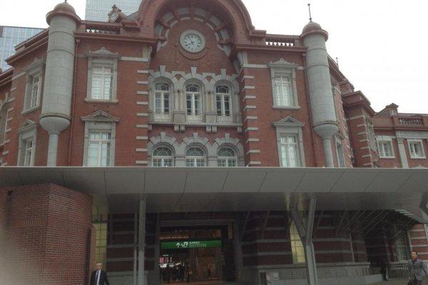 赤レンガ造りの丸の内駅舎