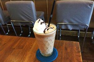 Ничто не сравниться с кофейным коктейлем в жаркий день!