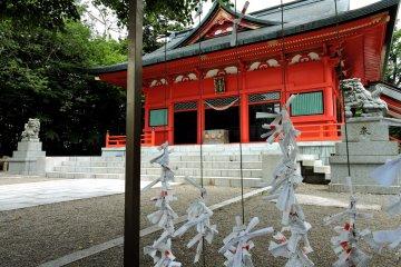 Akagi Shrine's main hall
