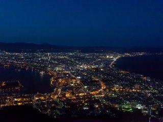 La célèbre vue nocturne sur Hakodate
