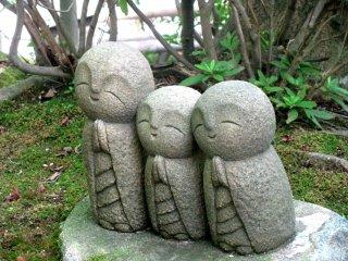 Jizo small statues in Kamakura