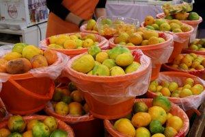 Здесь вы найдете свежие органические апельсины