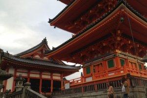 Selamat datang di Kiyomizu-dera!