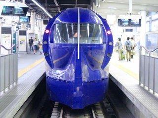 The Nankai Ltd. Express Rapit: Namba to Kansai Airport in 35 minutes!