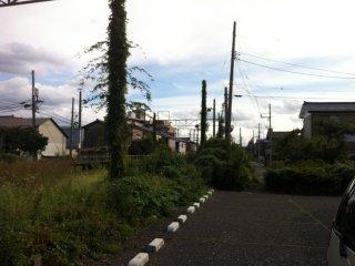 Aux alentours de Shimomachi, une voie ferrée désaffectée