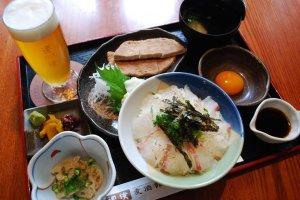 Special combo at Bakushukan restaurant