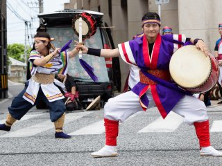 Fall in love with Okinawa's joy through Eisa