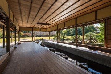 A small stream runs through the Ryuten Pavilion