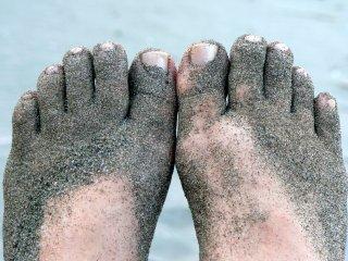 Du sable s'incruste entre mes orteils...et partout ailleurs !