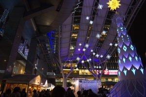 A stunning display of lights all around