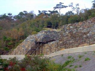 The ruins of Yashima Castle (屋嶋城(やしまのき)