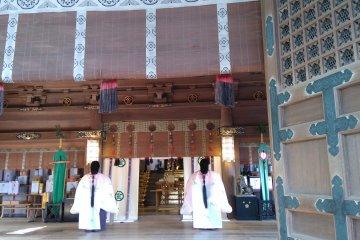 Shinto ritual at the Main Shrine