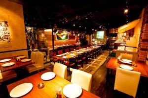 Que Bom restaurant interior