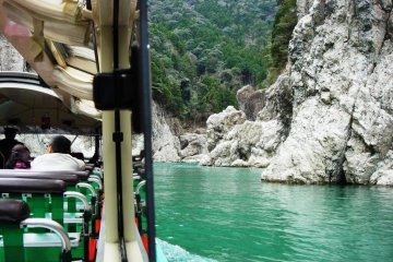 Touring Doro Gorge by Hovercraft