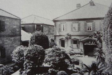 Siber & Brennwald at Yamashita 90-ko, (Yokohama Gaikokujin Kyoryuchi, pg 76)