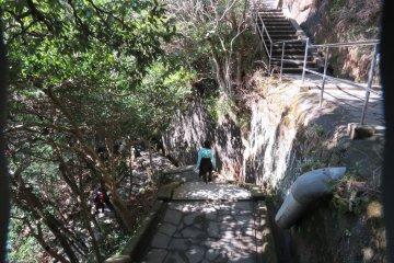 Steps down to stone Buddha