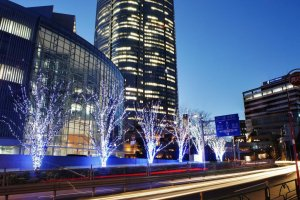 Illumination at the backside of Roppongi Hills