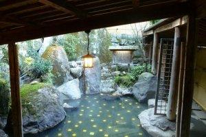 The Kin no Yu, Golden Springs outdoor onsen