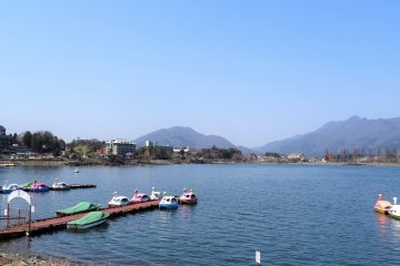 ทะเลสาบคะวะกุชิโกะ