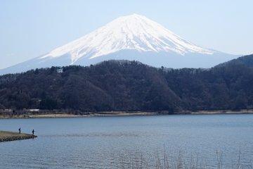 ดื่มด่ำกับหลากหลายลุคของภูเขาฟูจิ
