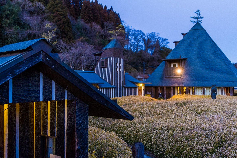 Nhà tắm của Ramune Onsen có hào quang của sự tưởng tượng