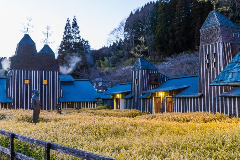 Nagayu Onsen's Carbonated Baths