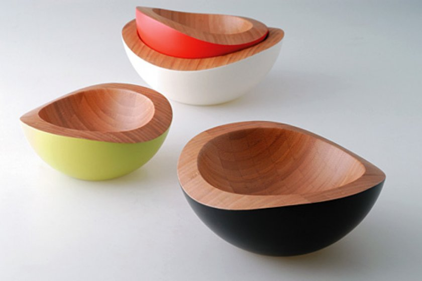 3 mangkuk bambu dengan ukuran yang berbeda. Tipe produk ini diberi nama \'nuts\'.
