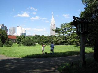 Yoyogi Koen is very spacious