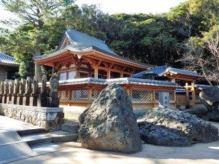Daishido Hall is a newer building dedicated to Kobo Daishi