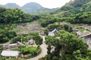 The graves of Murakami clan members