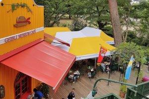 Straw Hat Cafe หรือ ร้านกาแฟหมวกฟาง