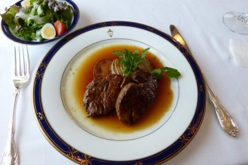 <p>Beef steak</p>
