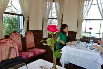 <p>A nice French restaurant with a cozy ambience</p>