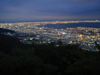 Night view of Osaka and Ashiya, Mount Maya