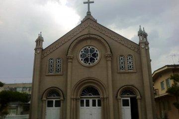 Католическая церковь Миядзу - фасад