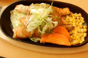 Salmon dengan saus miso