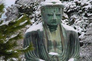 Le très célèbre Grand Bouddha de Kamakura