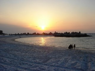 Sunset at Shirahama Beach is a good time for a stroll along the beach