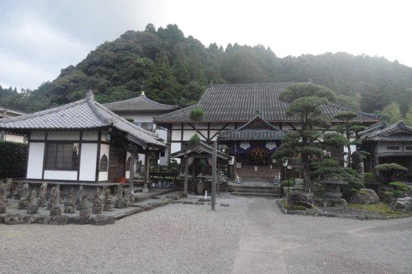 Edifício principal do Eikokuji de Hitoyoshi, uma construção de 1891 a partir do original de 1408