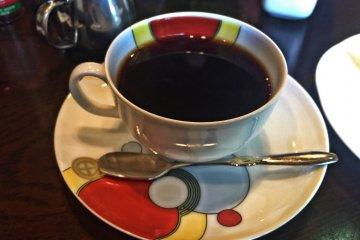 ถ้วยกาแฟที่ดูทันสมัยของฉัน