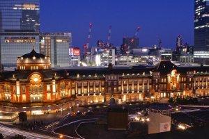 Обновлённая станция Токио