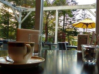 Quán cà phê ở tầng một