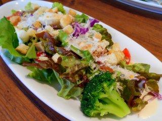 Món salad khai vị thực sự hấp dẫn với nước sốt siêu ngon