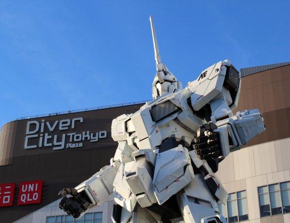 Patung Gundam Unicorn di Odaiba