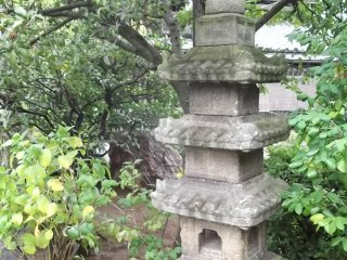 A venerable pagoda in the grounds