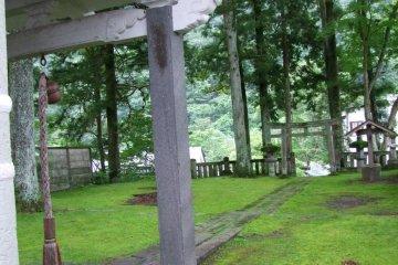 ศาลเจ้า Iwasaku Jinja ในนิกโกะ