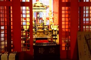 Inside the new temple - Yakushi Nyorai statue