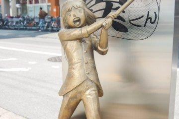 Estatua de bronce: Sanae Nakazawa (Patty o Aidee)